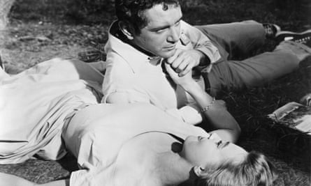 Lola Albright and Scott Marlowe in A Cold Wind in August, 1961, the film that boosted Albright's acting career.
