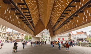 The roof structure in glass, wood and concrete of The city pavilion in Ghent