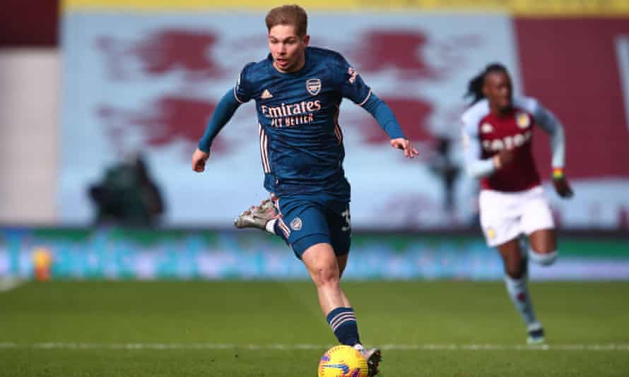 Emile Smith Rowe playing for Arsenal at Aston Villa last February