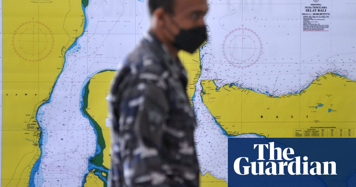 Rescuers in race against time to find Indonesian navy submarine
