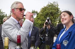 The Prince of Wales samples wine at Tanunda.