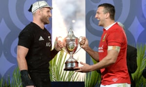 Captains Kieran Read and Sam Warburton lift the trophy after last year's drawn series  in New Zealand