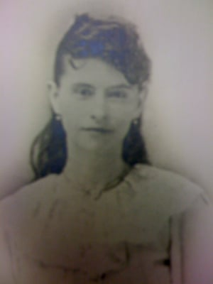 Julia Bateson, who died in 1918.