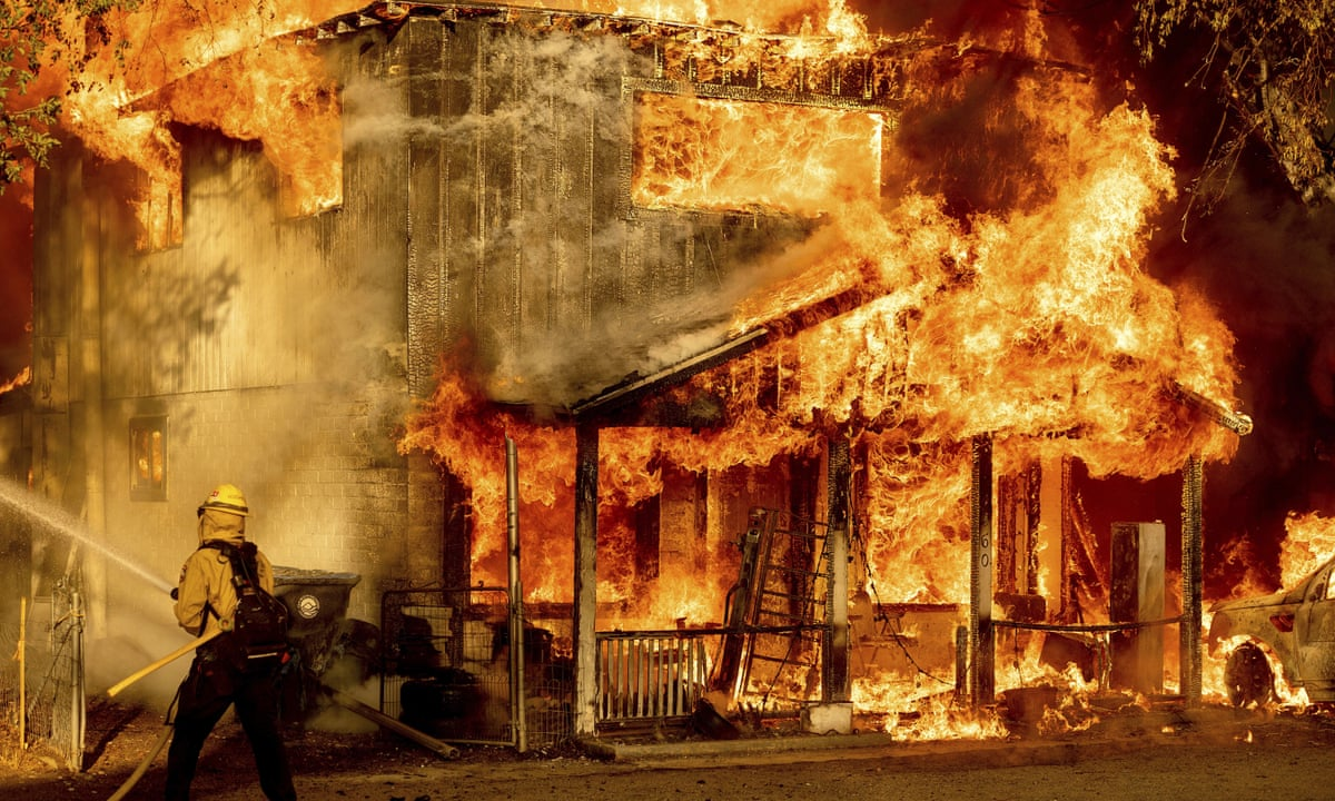 Firefighters Struggle to Contain Raging Northern California Wildfire