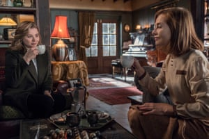 Chloë Grace Moretz with Isabelle Huppert in Greta