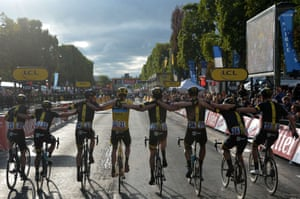 <strong>Stage Twenty-one</strong><br>Stage Location: Sevres to Paris<br>Stage Winner: André Greipel<br>Christopher Froome and his Sky team mates arrive in Paris to cross the finish line on the Champs-Elysees