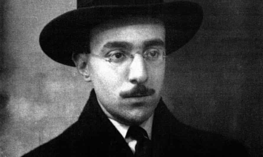 Fernando Pessoa aged 26 in 1914.