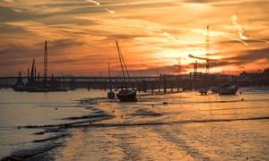 The Thames at Gravesend, not far from where Pip met Magwitch in Great Expectations.