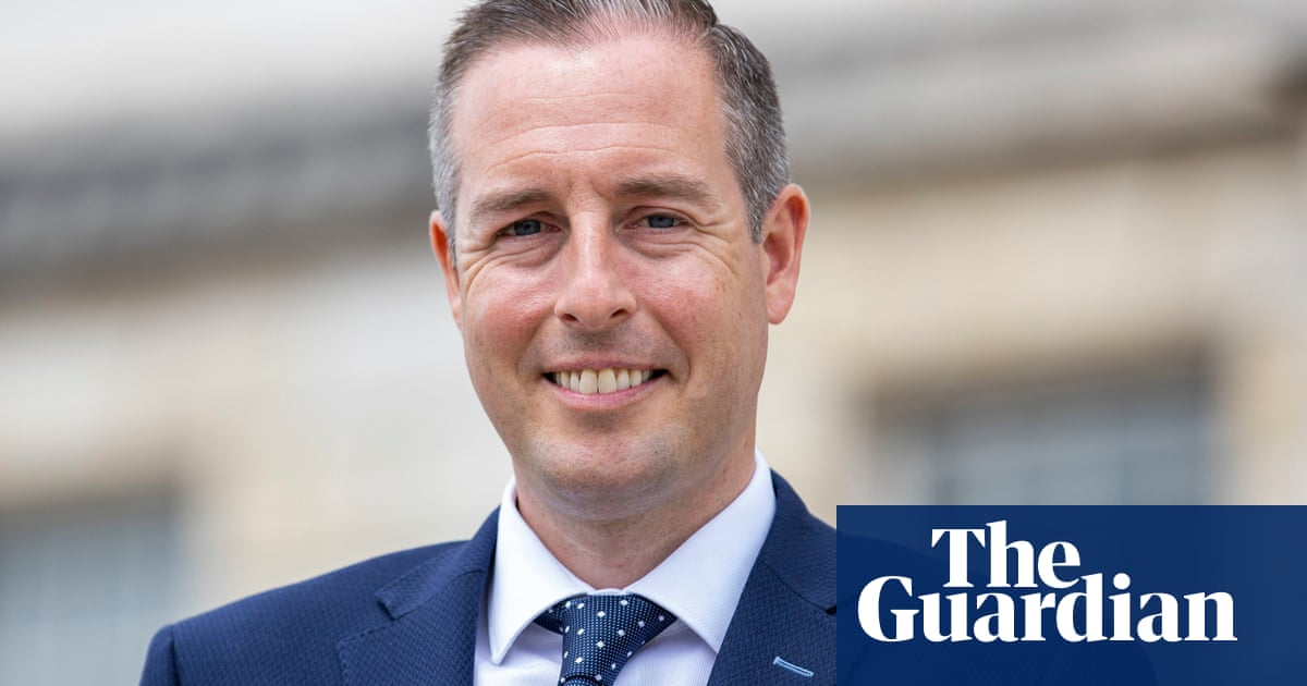 Northern Ireland: Paul Givan told he must resign as first minister