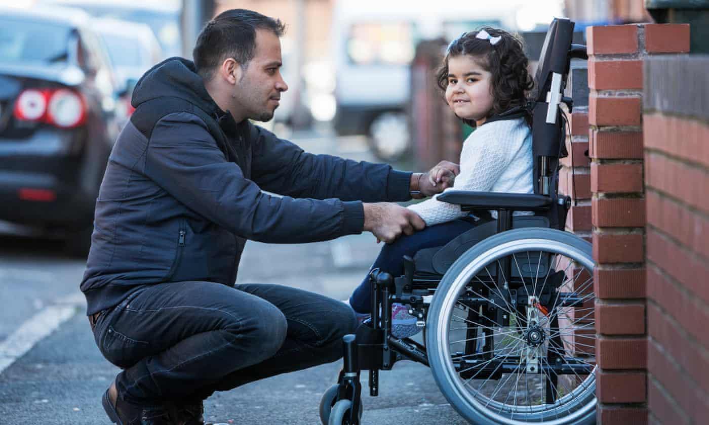 Adnan Omar and his three-year-old daughter Zaynab