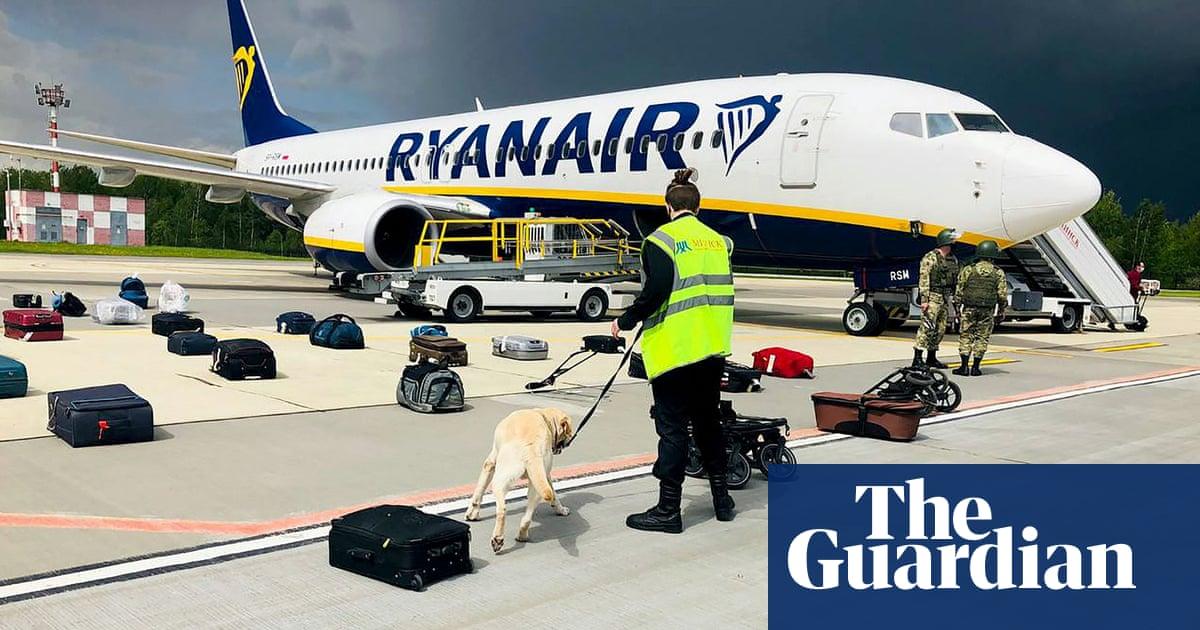 Belarus seizes blogger after 'hijacking' Ryanair flight – video report