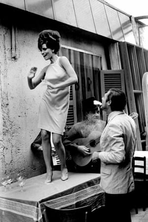 Hollywood star Raquel Welch with Italian actor Marcello Mastroianni in the movie Shoot Loud, Louder … I Don't Understand, in 1966.