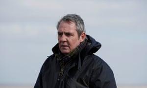 Pete Carr (Neil Morrissey).