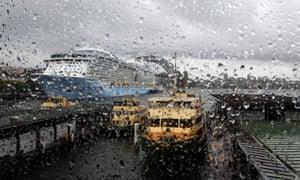 rain at Circuluar Quay