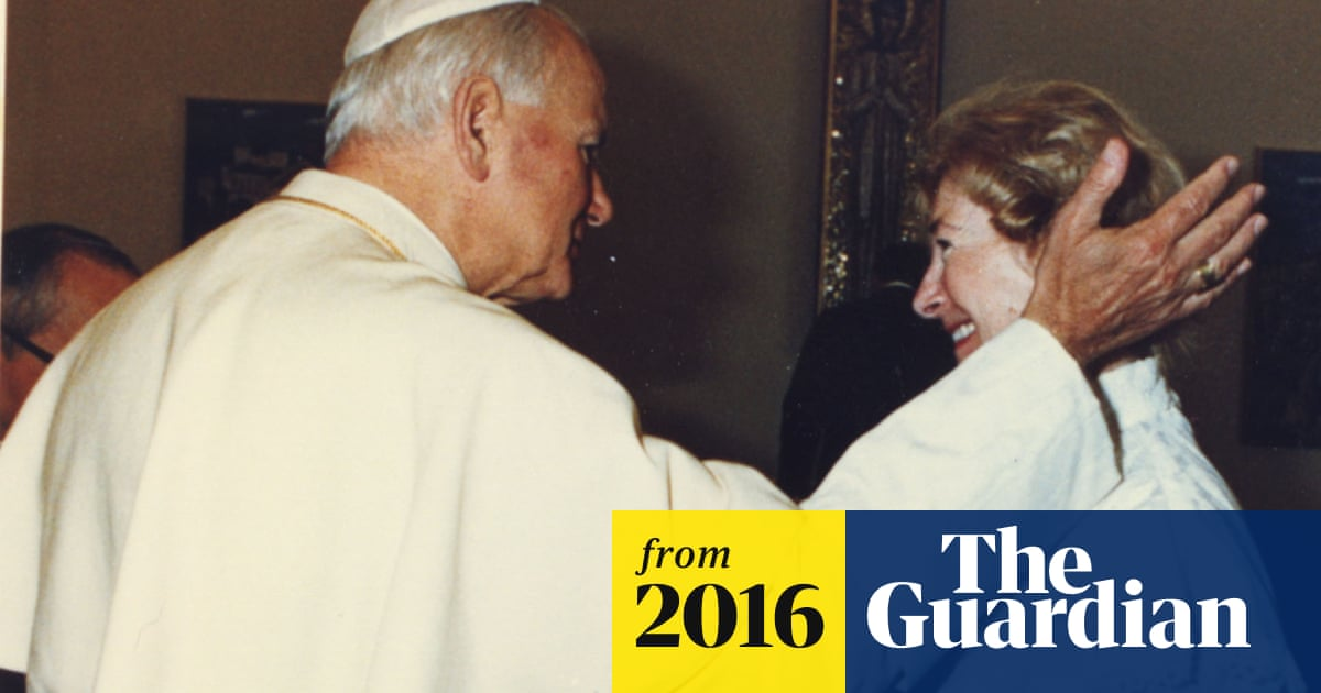 Pope John Paul II letters reveal 32-year relationship with