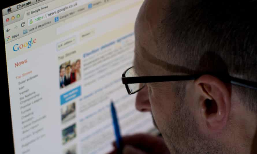 A man reading Google News