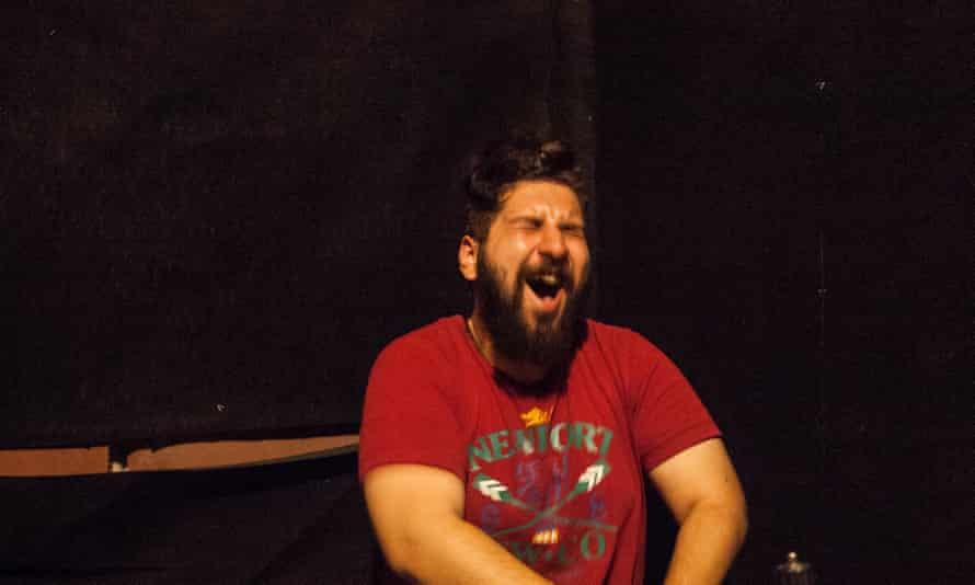 Mohammed el-Debbaby using the scream room