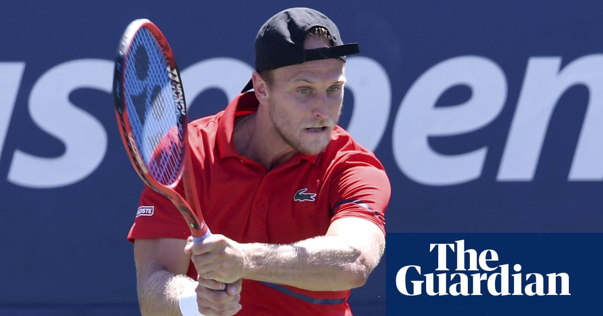 Australian Open qualifiers halted mid-match to tell player he had Covid-19