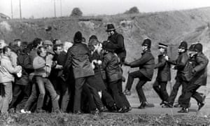 Police and miners clash in the 'battle of Orgreave', June 1984.
