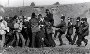 Miners and police clash in Orgreave.