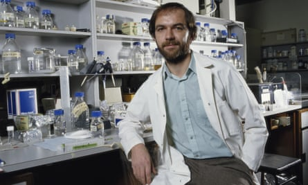 Accidental discovery ... geneticist Alec Jeffreys, pictured in 1987.