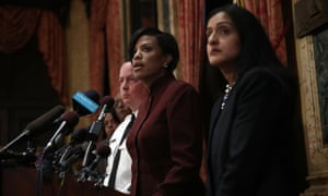Baltimore mayor Stephanie Rawlings-Blake (center), police commissioner Kevin Davis (left) and deputy assistant attorney general Vanita Gupta (right) speak at the press conference on the DoJ report.