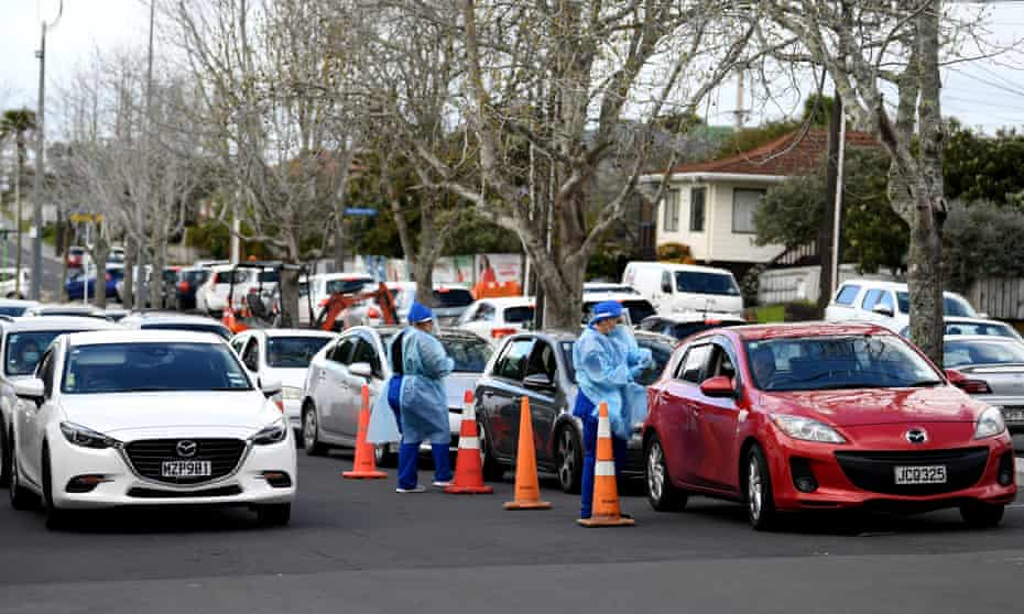 Cars queue for Covid tests