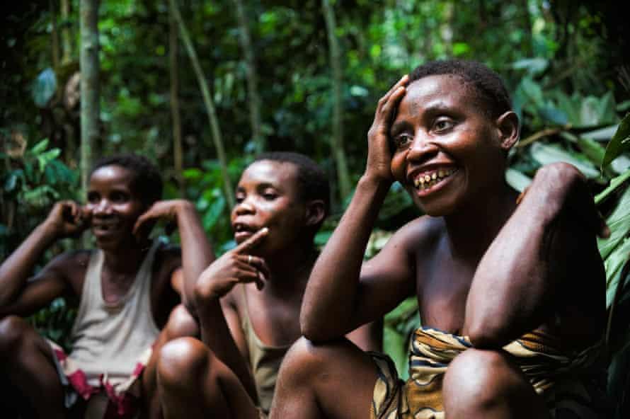 Group of Baka pygmy women