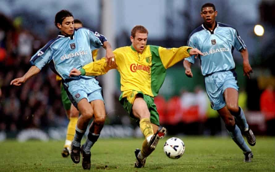 Cédric Anselin taking on Coventry City in December 1999.