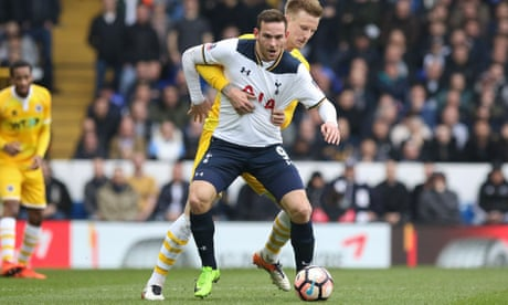 Mauricio Pochettino urges Vincent Janssen to step up in Kane's absence