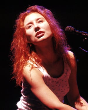 Amos on stage in Cambridge in 1993.