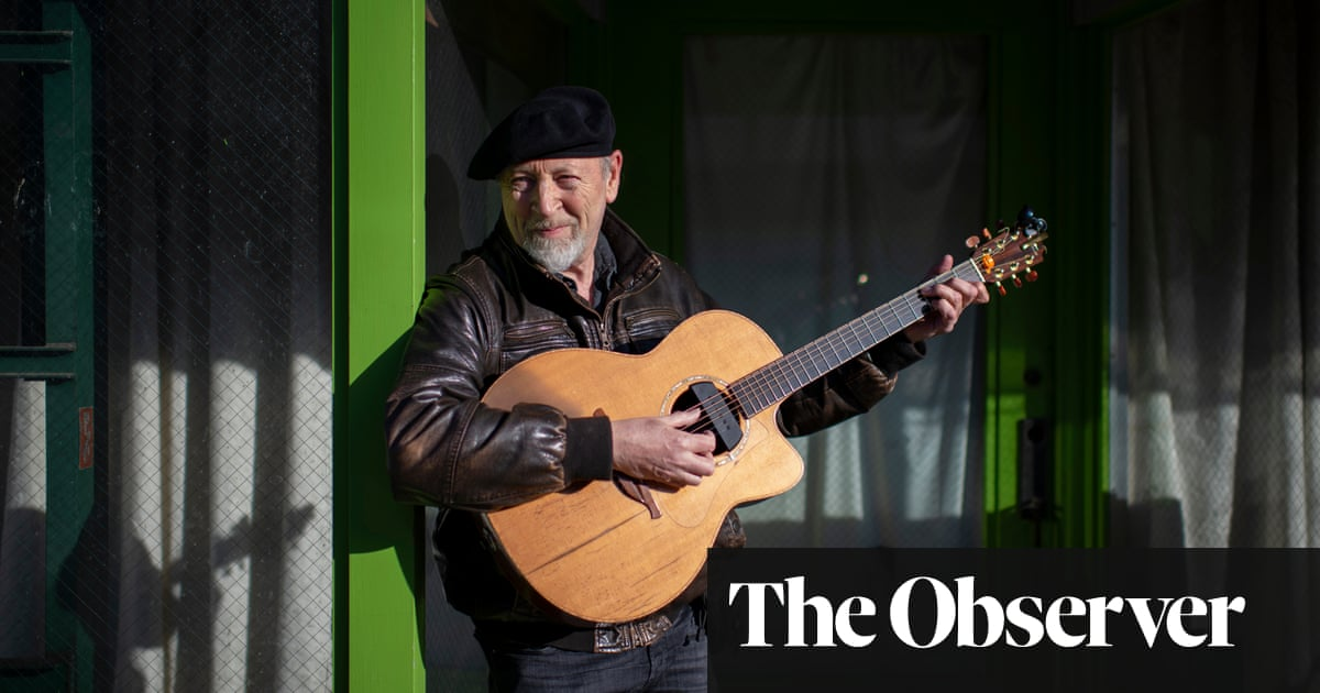 Richard Thompson: 'I had to put the pen down, take a deep breath, have a little cry'