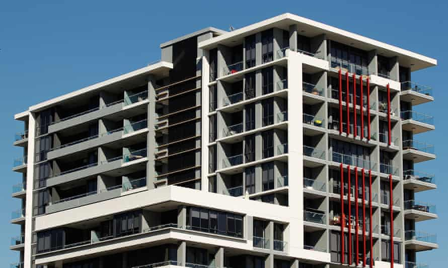 A block of units in Sydney. 'The concessional rate of taxation of capital gains might encourage leverage speculation, particularly in combination with negative gearing provisions,' the RBA officials said.
