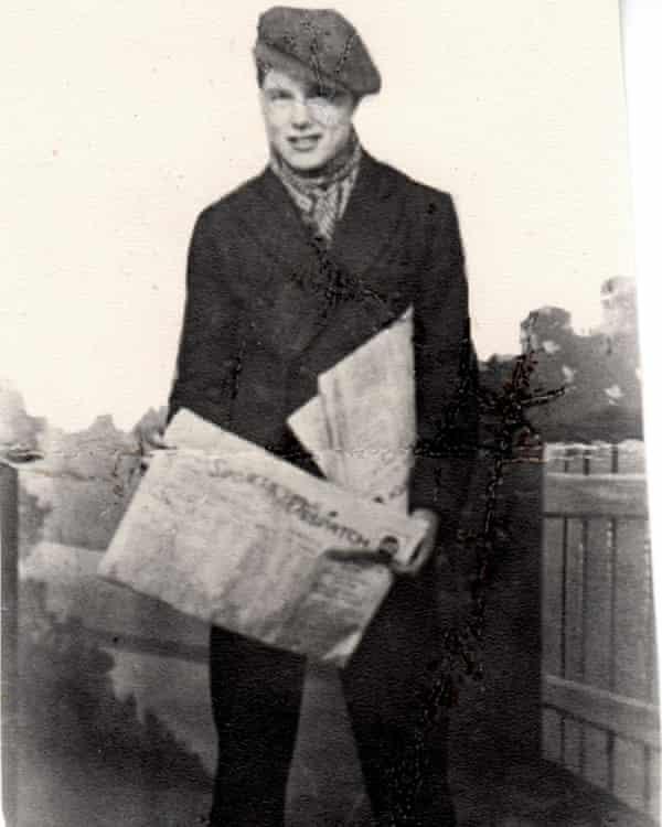 Teenage Johnny Longstaff selling newspapers in 1934.