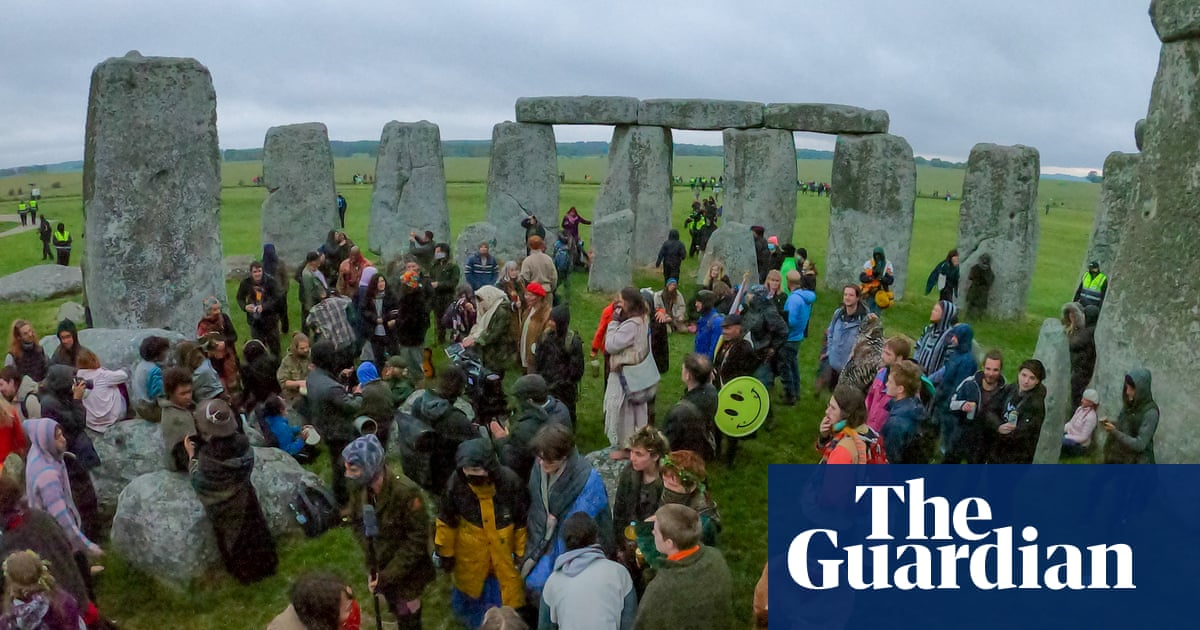 Summer solstice live feed at Stonehenge pulled over safety fears