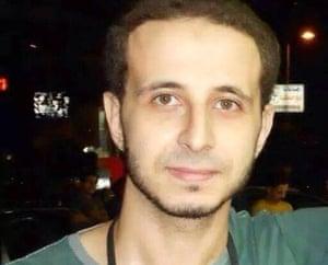 卡里姆·哈米迪在安全人员冲进他的公寓后被捕。