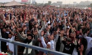 Pakistani student kills school head in blasphemy law row ...