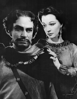 Olivier with Vivien Leigh in a 1955 production of Macbeth in Stratford.