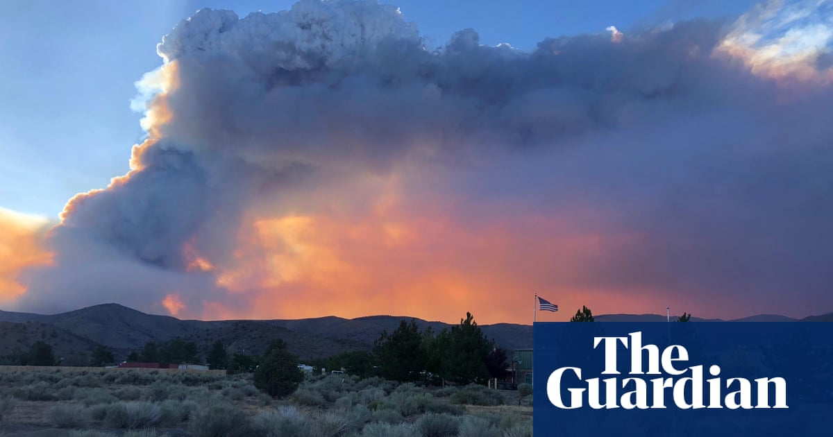 California prepares to bury 10,000 miles of power lines as wildfires force new evacuations