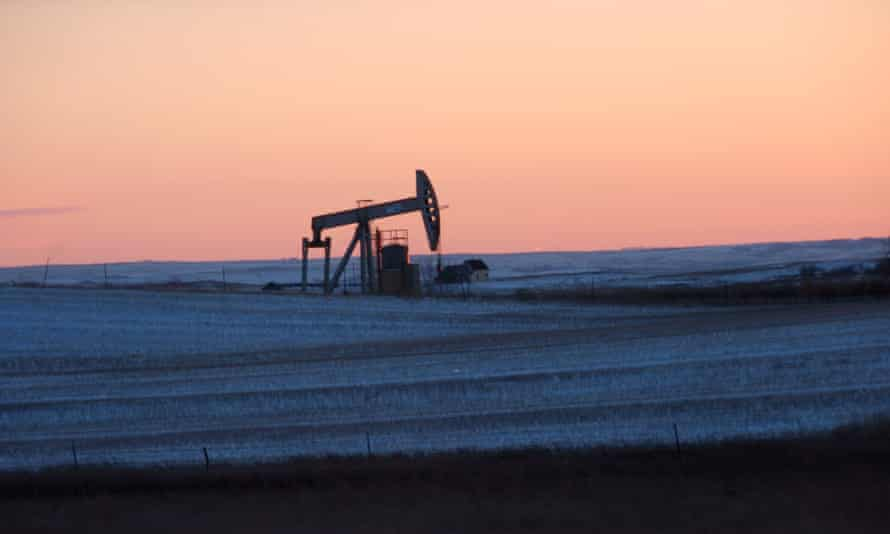 A quarter of US fossil fuel extraction occurs on 650m acres of federal land.