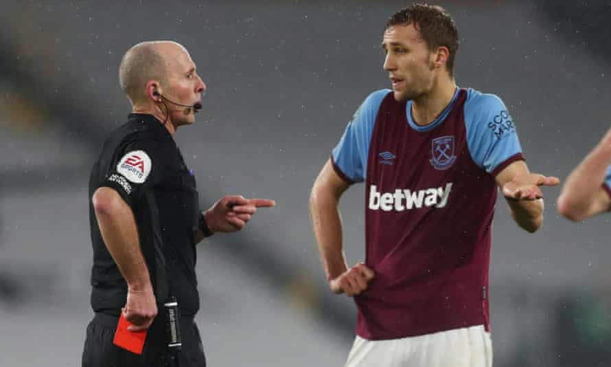 Mike Dean sends off West Ham's Tomas Soucek at Fulham on Saturday. The red card was rescinded on appeal.