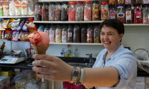 Ruth Davidson serves ice cream while she campaigns in East Renfrewshire.