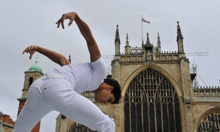 Royal Ballet dancer in Hull