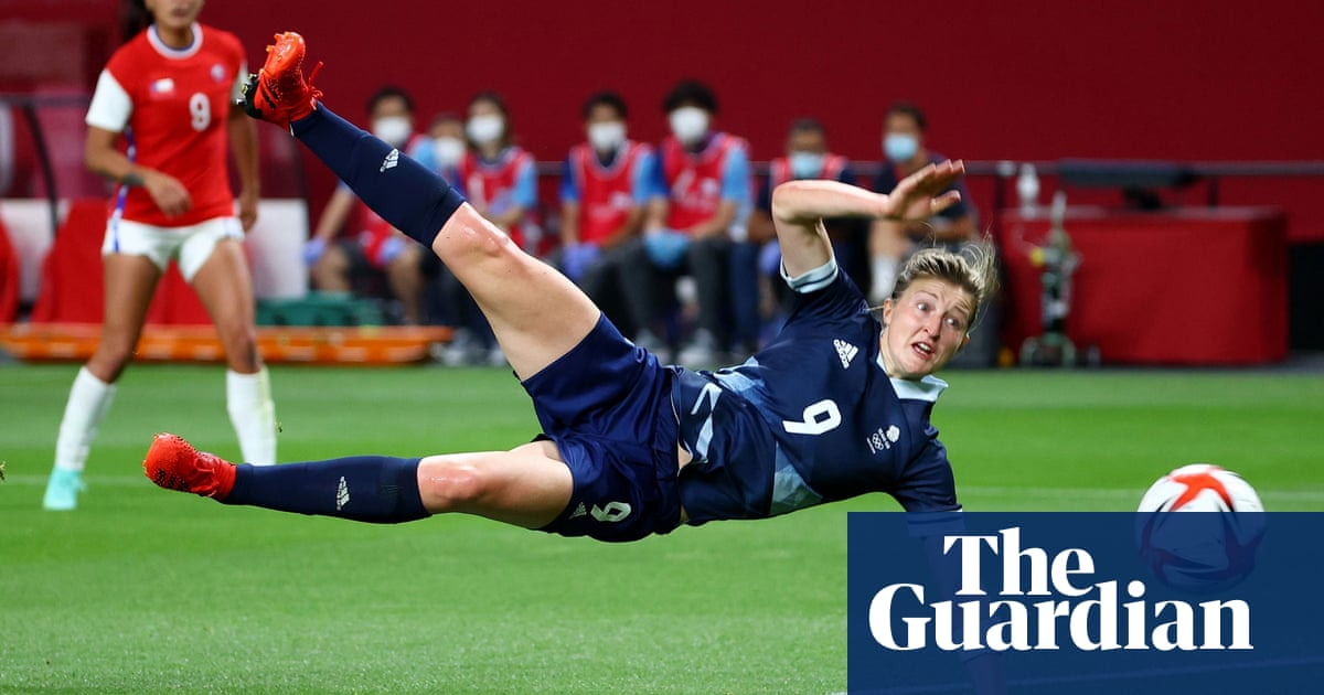 Ellen White's double leads Team GB to opening Olympics win over Chile
