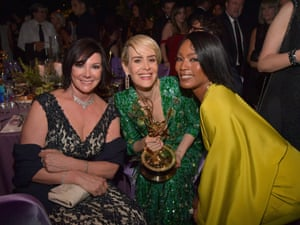Sarah Paulson, winner of the Outstanding Lead Actress in a Limited Series or Movie for 'The People vs. OJ Simpson poses with her award and actress Angela Bassett