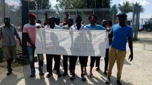 Manus protest