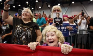 Supporters of President Donald Trump listen to him speak during a campaign rally, Las Vegas 2018.