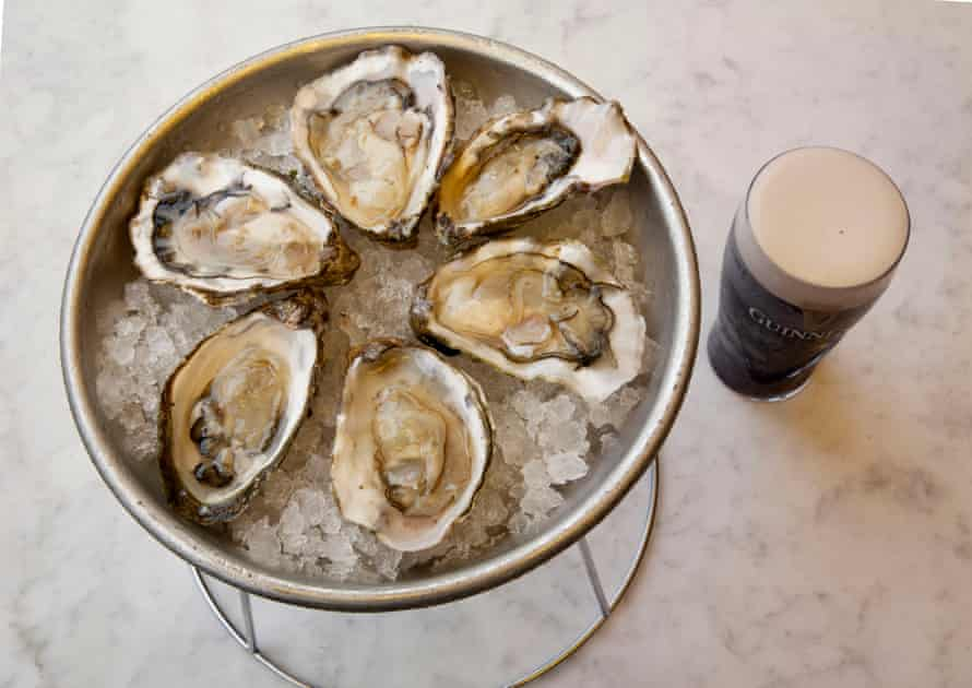 Oysters and Guinness at Darby's Restaurant, Vauxhall, London.