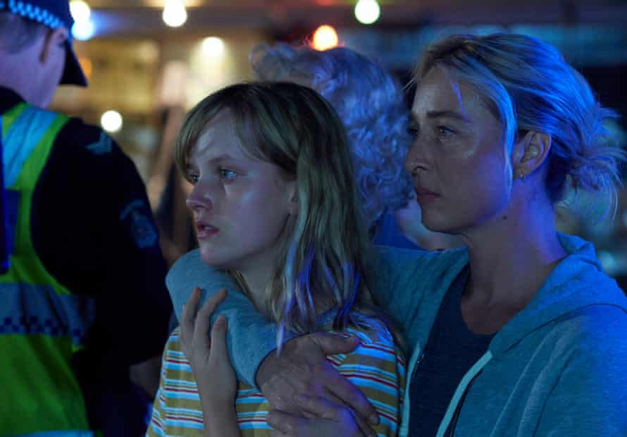 Chloe (Markella Kavenagh) and Alexandra (Asher Keddie) in The Cry.