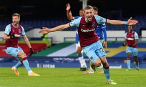 West Ham United's Tomas Soucek celebrates after breaking the stalemate at Goodison.
